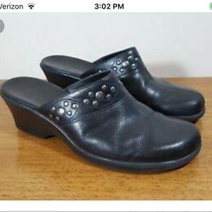 Clark's Leather Studded clogs